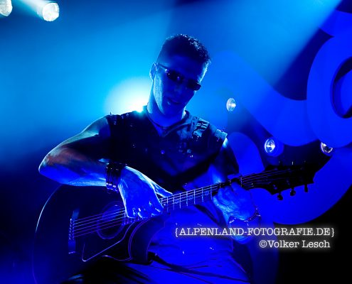 Cort Guitars, Ricky Garcia