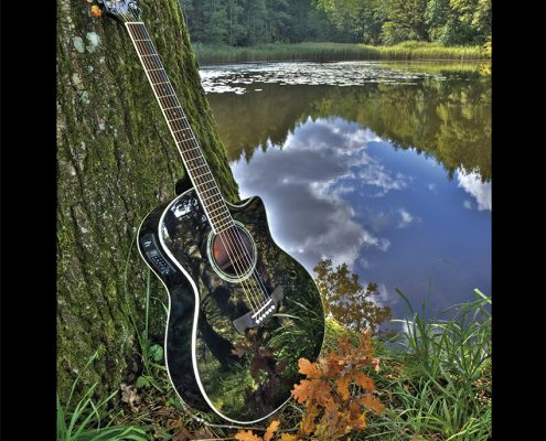 Crafter Westerngitarren Kalender Oktober