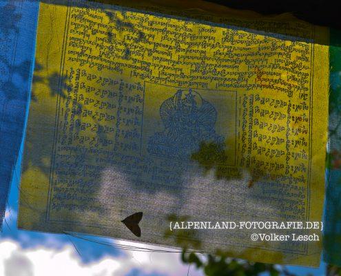 Tibetanische-Gebetsfahne © Volker Lesch - Alpenland Fotografie