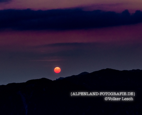 Sonnenaufgang über dem Untersberg vom Karkopf
