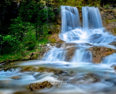 Weißbach Wasserfall bei Inzell im Frühling